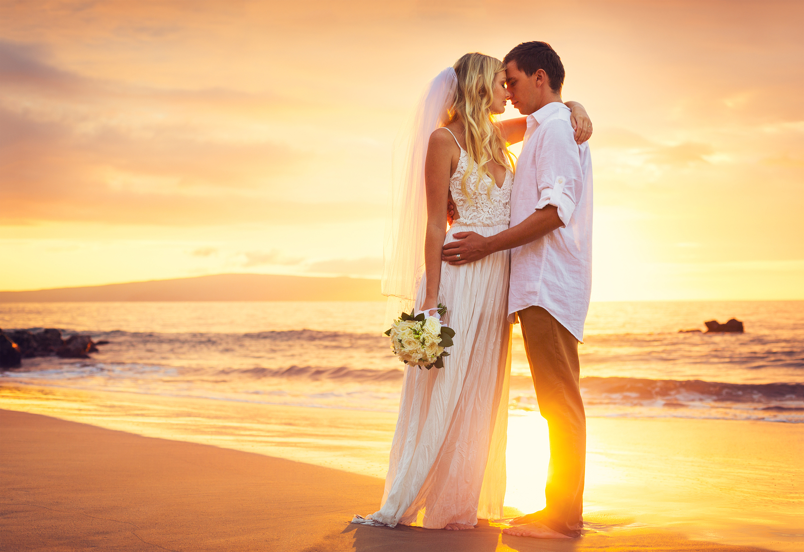 A beach wedding anywhere is an incredibly romantic experience, but when that beach wedding is at Grand Solmar Timeshare in Cabo San Lucas, the experience is unlike any other.